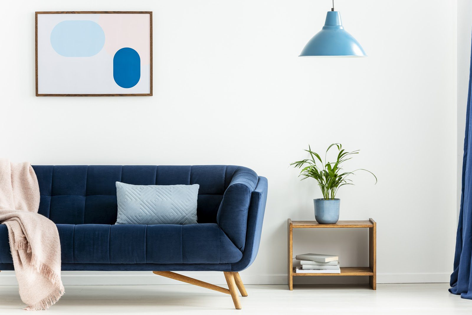 Choose a cohesive color scheme for a mid-century modern living room