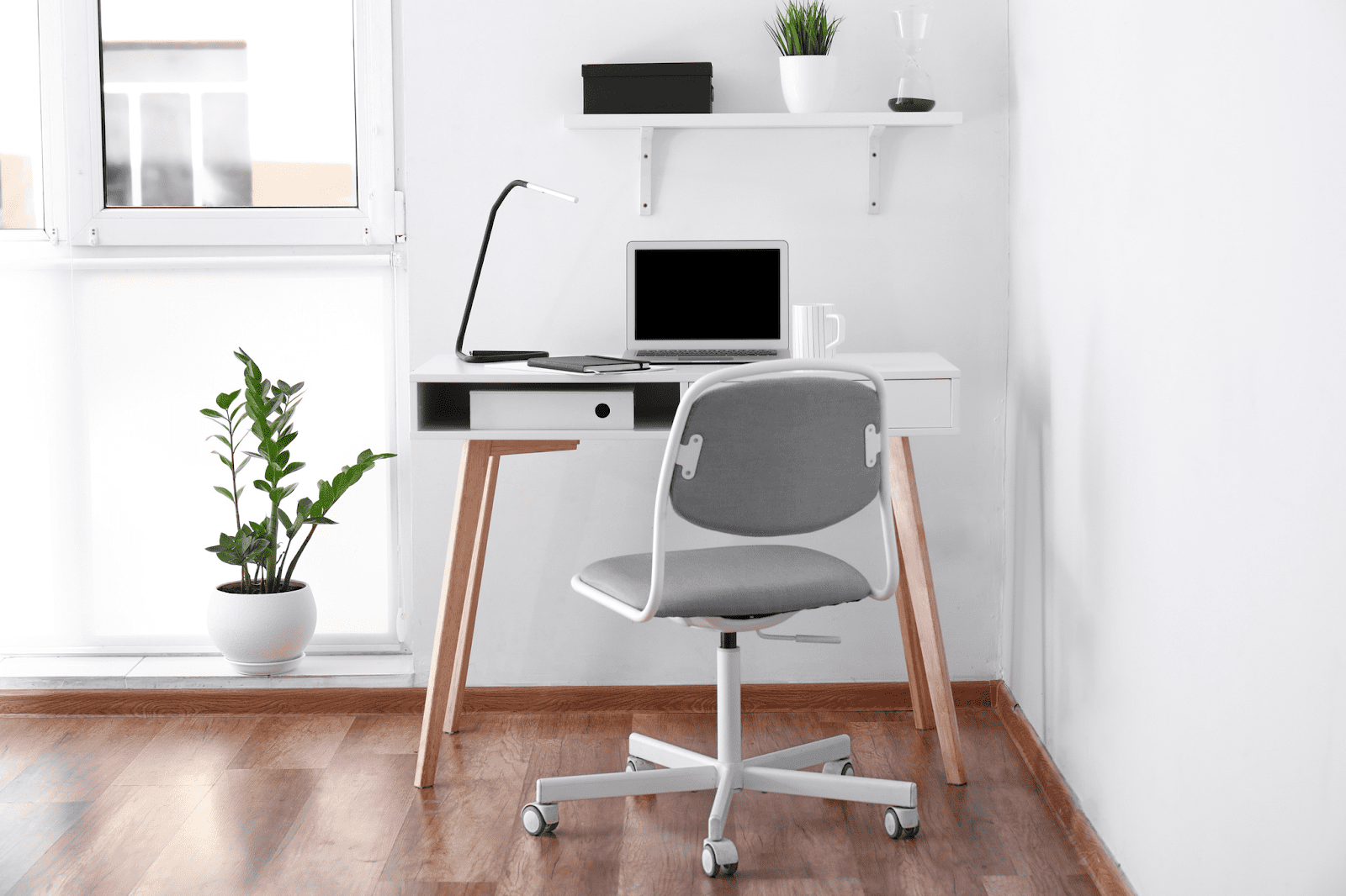 Small home office ideas: Minimalist white room with desk and chair