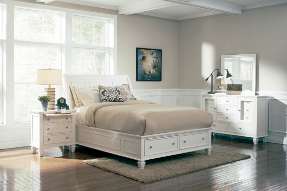 Sandy Beach Queen Storage Sleigh Bed White - Hover