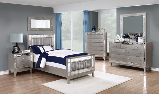 Leighton Twin Panel Bed with Mirrored Accents Mercury Metallic - Hover