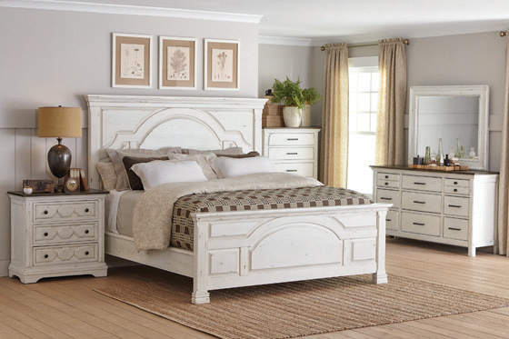 Celeste Queen Panel Bed Vintage White - Hover