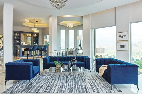 Chalet 3-piece Tuxedo Arm Living Room Set Blue